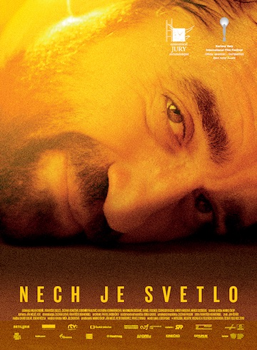 film Nech je svetlo (2019)