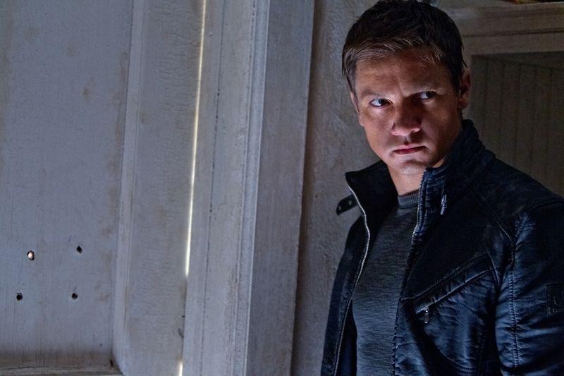 Film Bourneov odkaz (2012)