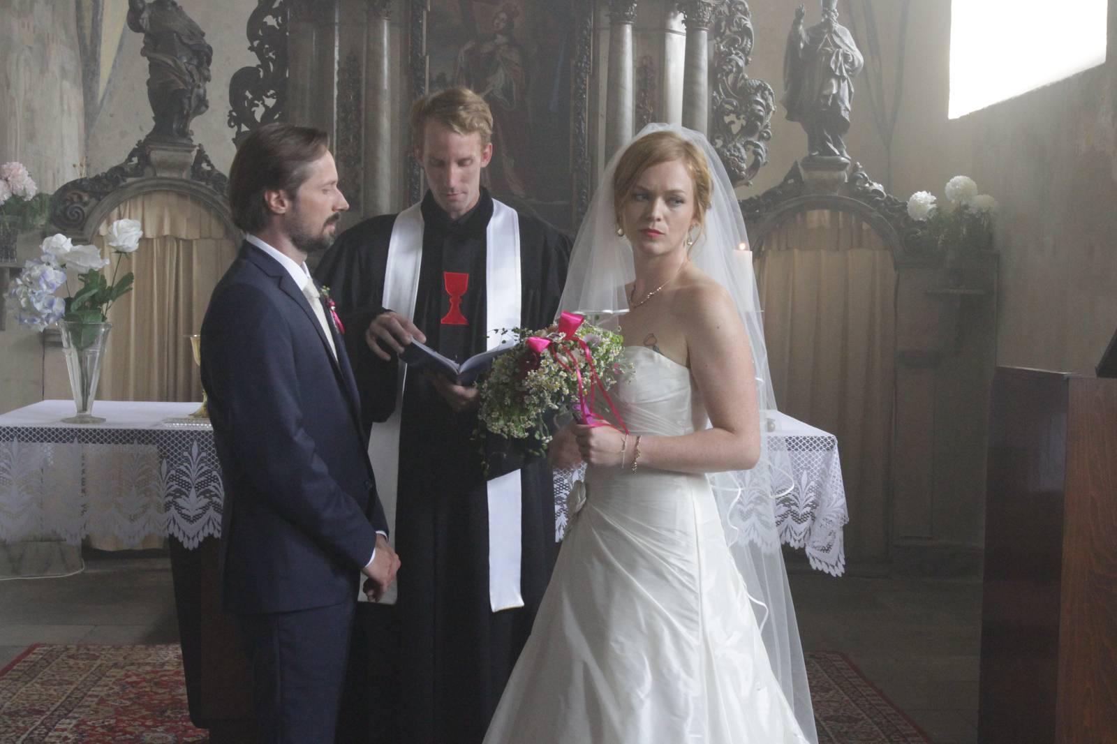 Film Dvě něvesty a jedna svatba (2018)