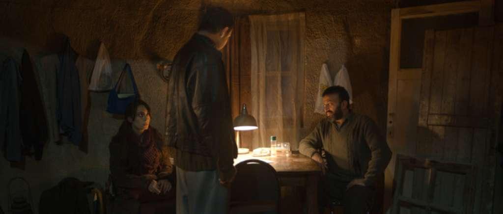 Film Zimný spánok (2014)
