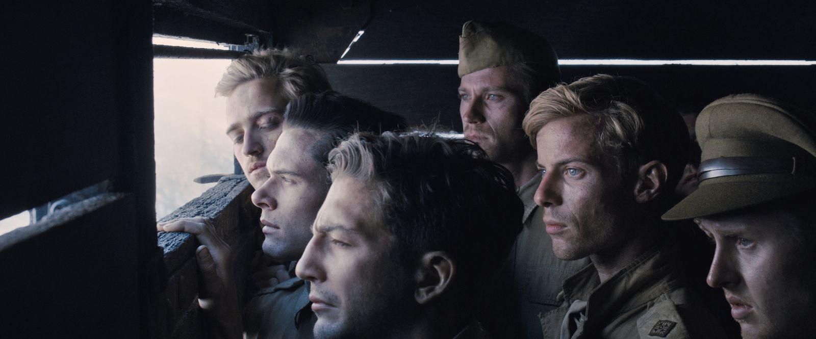 Film Nezlomný (2014)