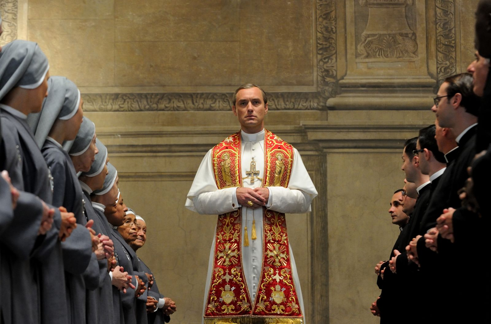 TV seriál Mladý pápež (2016)