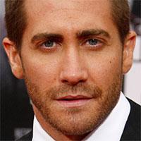 Jake Gyllenhaal si zahrá v americkom remaku dánskeho filmu Tiesňové volanie