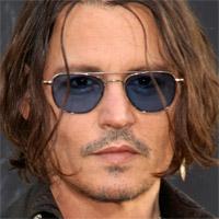 Johnny Depp sa v novom filme predstaví v úlohe vojnového fotografa W. Eugena Smitha