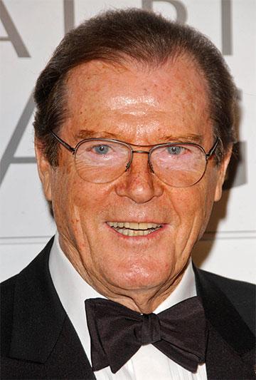 Zomrel herec Roger Moore