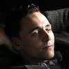 Tom Hiddleston si zahrá ikonu country hudby Hanka Williamsa