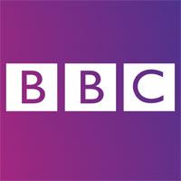 """Nick Hornby spolupracuje s BBC na novom seriáli """"Love, Nina"""""""