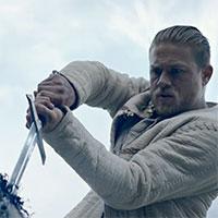 Vyšiel slovenský trailer k filmu Kráľ Artuš: Legenda o meči od režiséra Guya Ritchieho
