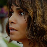 Halle Berry ako matka uneseného dieťaťa v novej upútavke filmu Na doraz