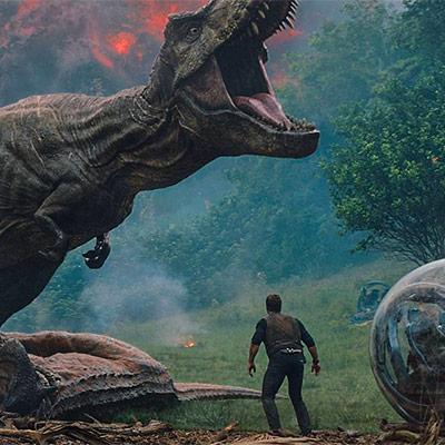Do kín sa vracajú prehistorické dinosauri v jednej z troch noviniek, Jurský svet 2: Zánik ríše