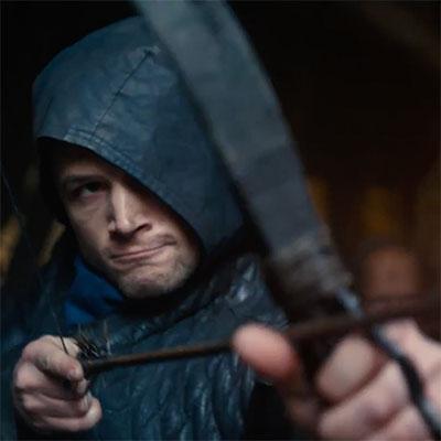 Na filmové plátna prichádza najnovšie spracovanie Robina Hooda, vyšla slovenská upútavka