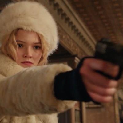Od dnes máme v kinách päť nových filmov, thriller Anna, dramédiu Deväťdesiate, či komédiu Přes prsty