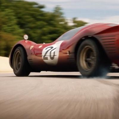 Päť nových filmov prichádza dnes do našich kín, budú Synonymá, nový Charlieho anjeli, aj Le Mans '66