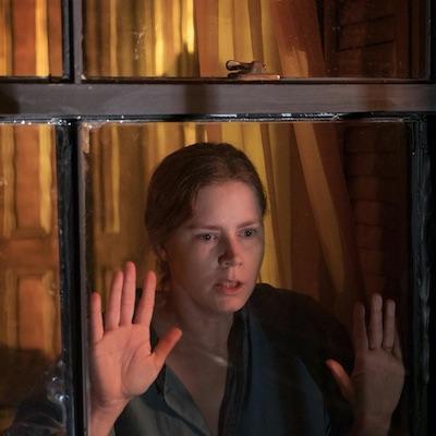Filmové tipy na tretí májový víkend: Žena v okne, Pomsta mŕtveho muža