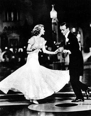 Fred Astaire a Ginger Rogersová vo filme Páni v cylindroch (Top Hat, 1935)